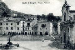 piazza plebiscito ex canapini con la chiesa S.giovanni prima della guerra